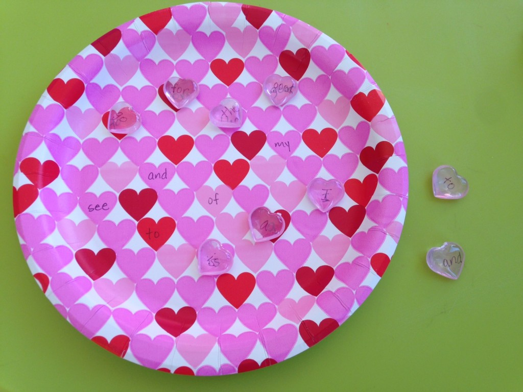 Valentine's plate sight words matching.
